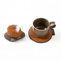 Nahast tassialus, oranžpruun