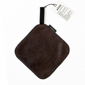 KOOS_potholder_leather_brown_dark_waxed1.jpg