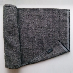 KOOS_sauna_seatcover_linen_black_fishbone_detail1.jpg