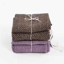 Rätikute komplekt: pruun ja lilla muster